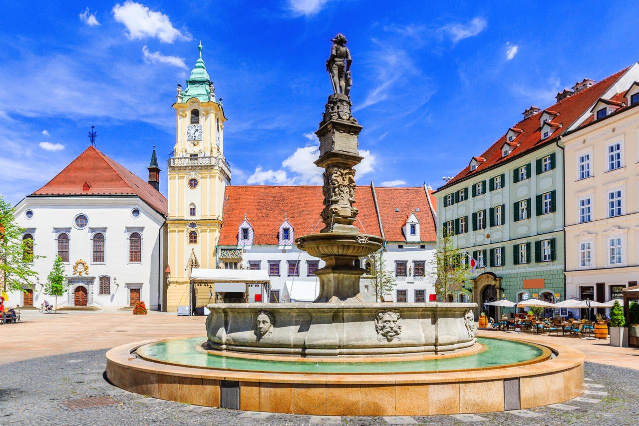 Roland Fountain - Bratislava