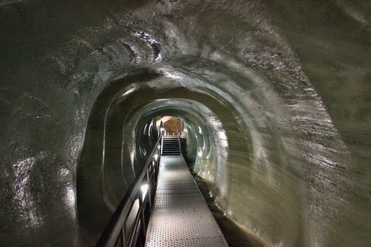 Добшинская ледяная пещера