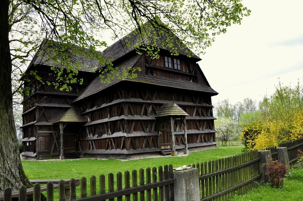 Drevené kostoly slovenskej časti Karpát