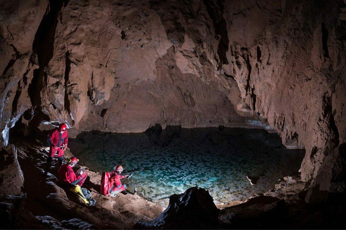Красногорская пещера