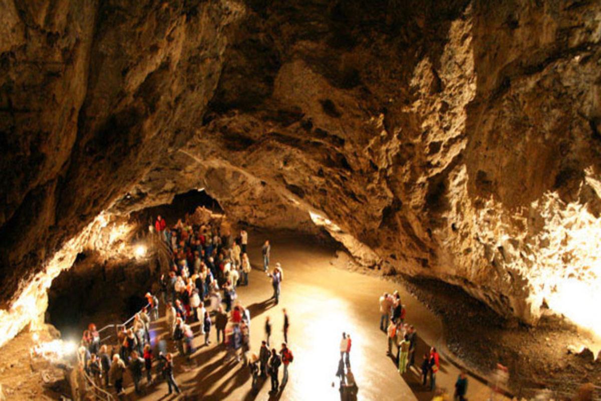 Станишовская пещера