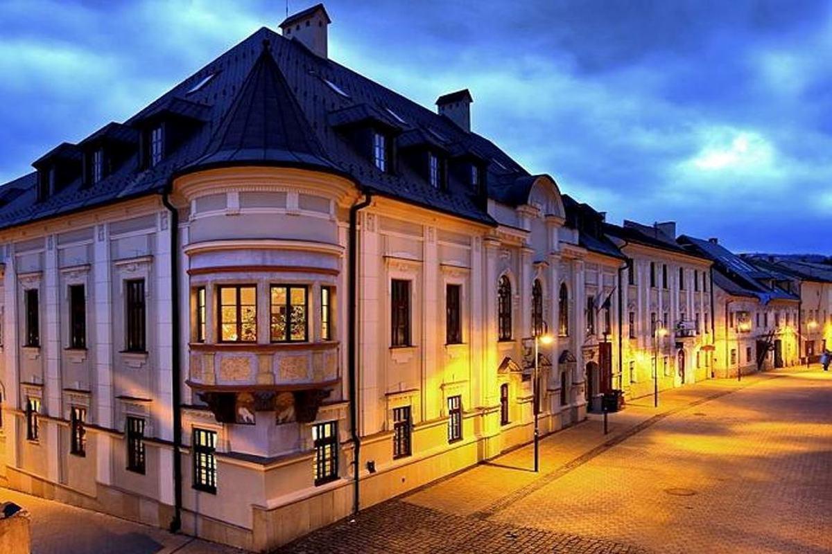 Literary and Music Museum